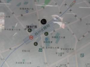四川北路駅周辺図(出入り口)