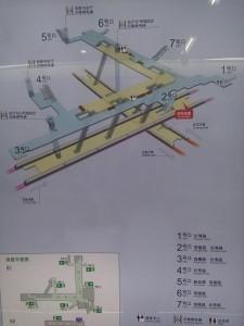 長寿路駅構内図