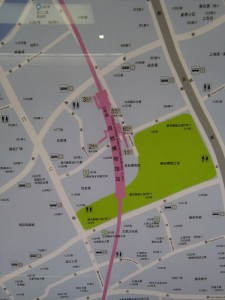 自然博物館駅周辺図