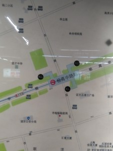 楊高中路駅周辺図(出入り口)