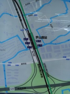 羅山路駅周辺図(出入り口)