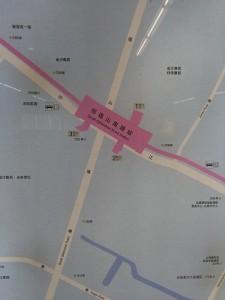 祁連山南路駅周辺図(出入り口)