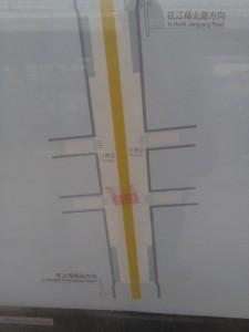 石龍路駅構内図