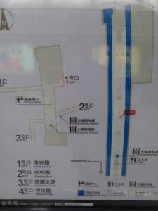 中興路駅構内図