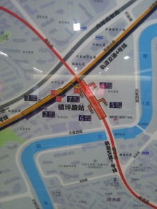 鎮坪路駅周辺図(出入り口)