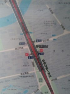 呼蘭路駅周辺図(出入り口)