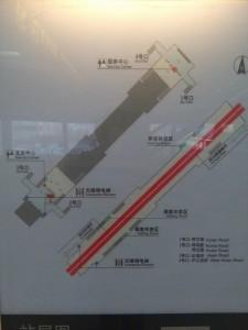 呼蘭路駅構内図