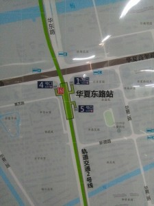 華夏東路駅周辺図(出入り口)