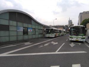 上海駅北広場(公共バスターミナル)