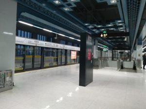 朱家角駅ホーム