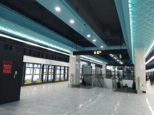 徐涇北城駅ホーム