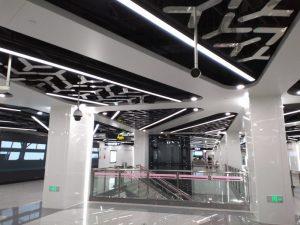 中科路駅コンコース