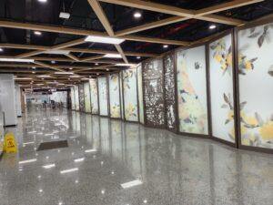 桂林公園駅コンコース
