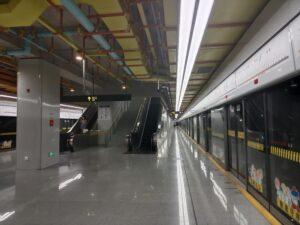 周浦駅ホーム